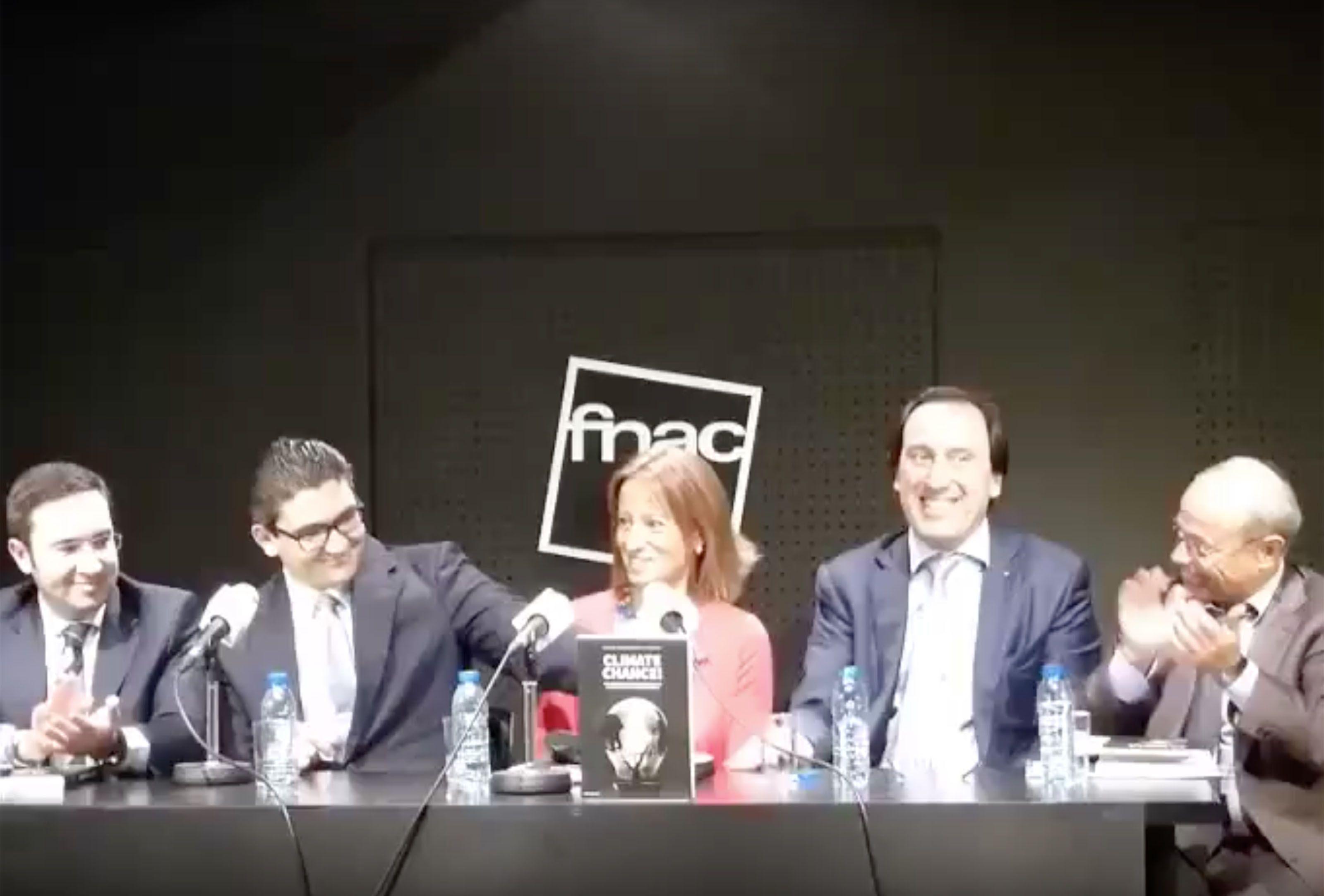 João Quintela Cavaleiro na apresentação do livro Climate Chance na Fnac Chiado
